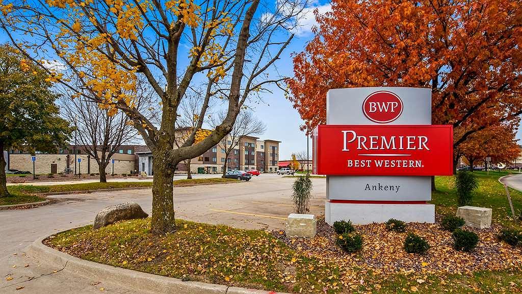 Best Western Premier Ankeny Hotel - Vista exterior