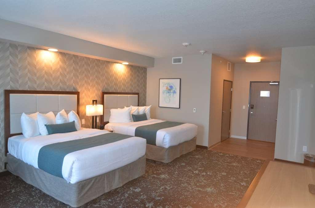 Best Western Premier Ankeny Hotel - Double Queen Guest Room