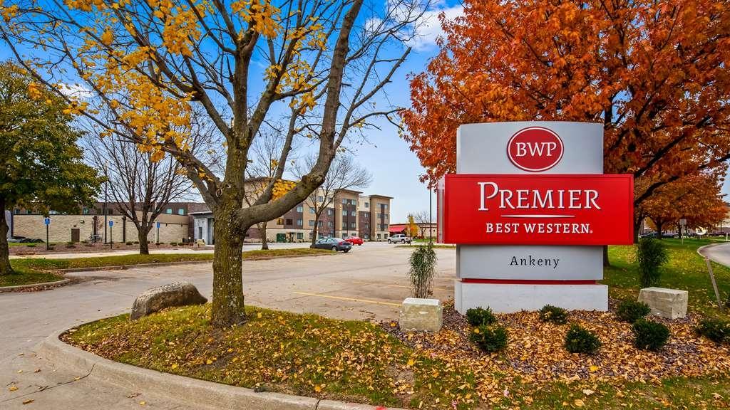 Best Western Premier Ankeny Hotel - Außenansicht