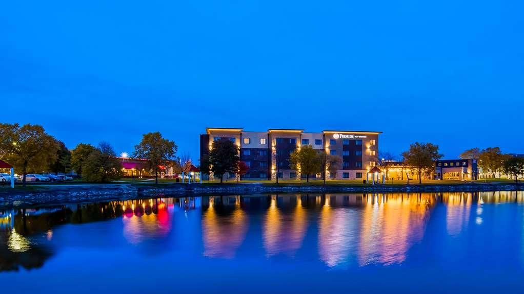 Best Western Premier Ankeny Hotel - Facciata dell'albergo