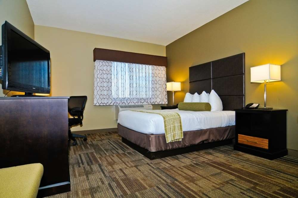 Best Western Plus Night Watchman Inn & Suites - Chambres / Logements