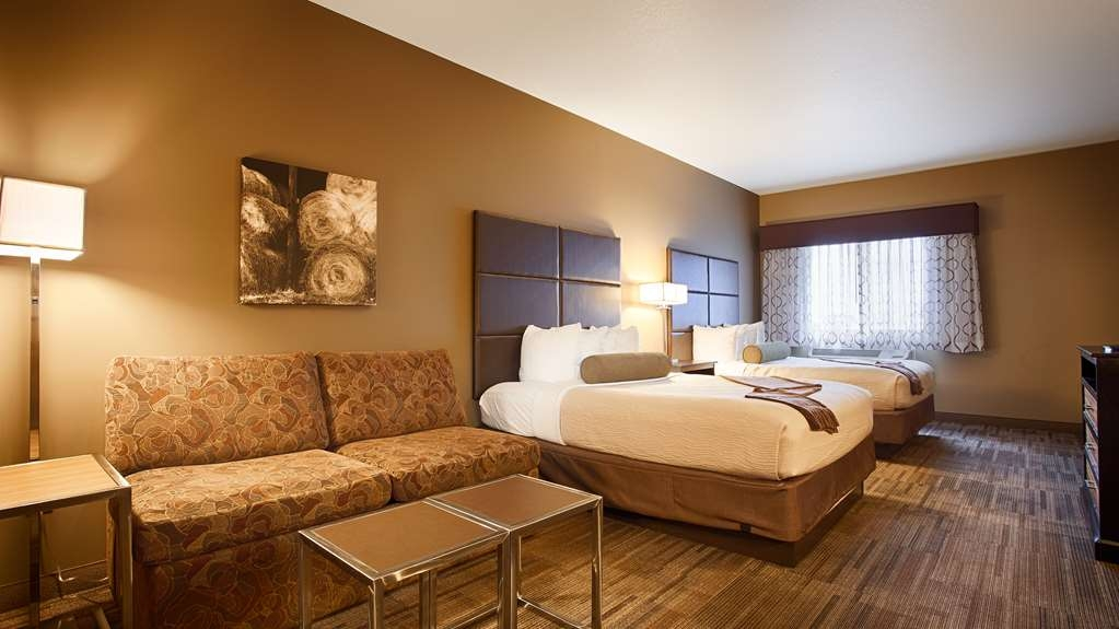 Best Western Plus Night Watchman Inn & Suites - Suite