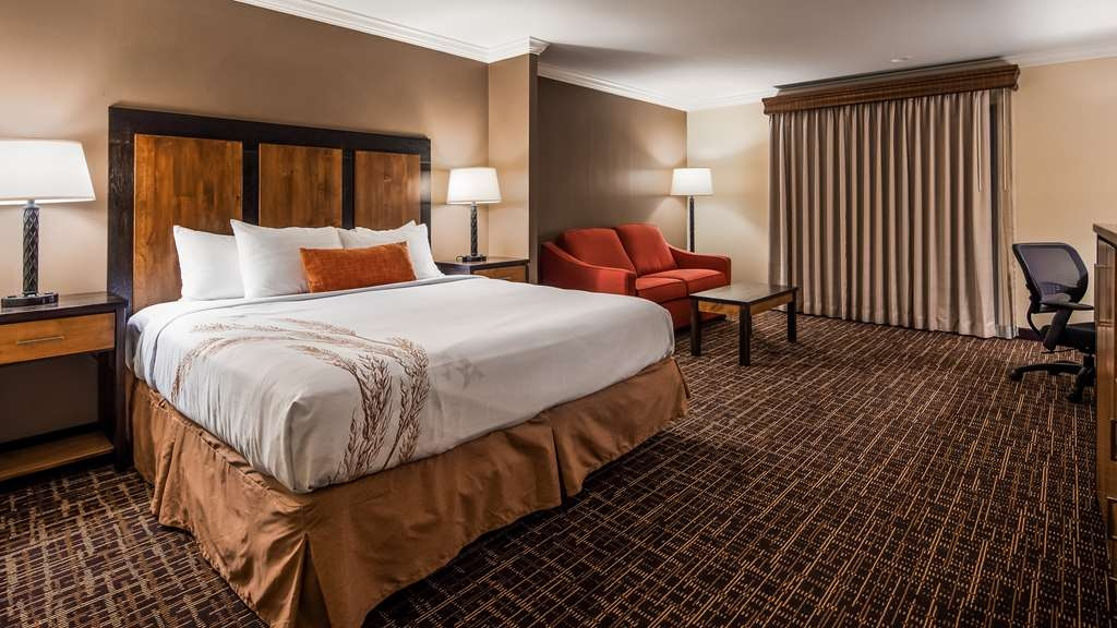 Best Western Wichita North - Stretch out and relax in our comfortable King beds.