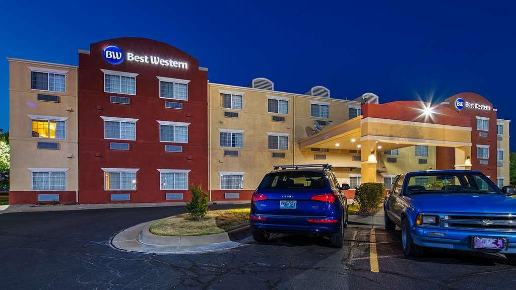 Best Western Governors Inn & Suites - Vista exterior