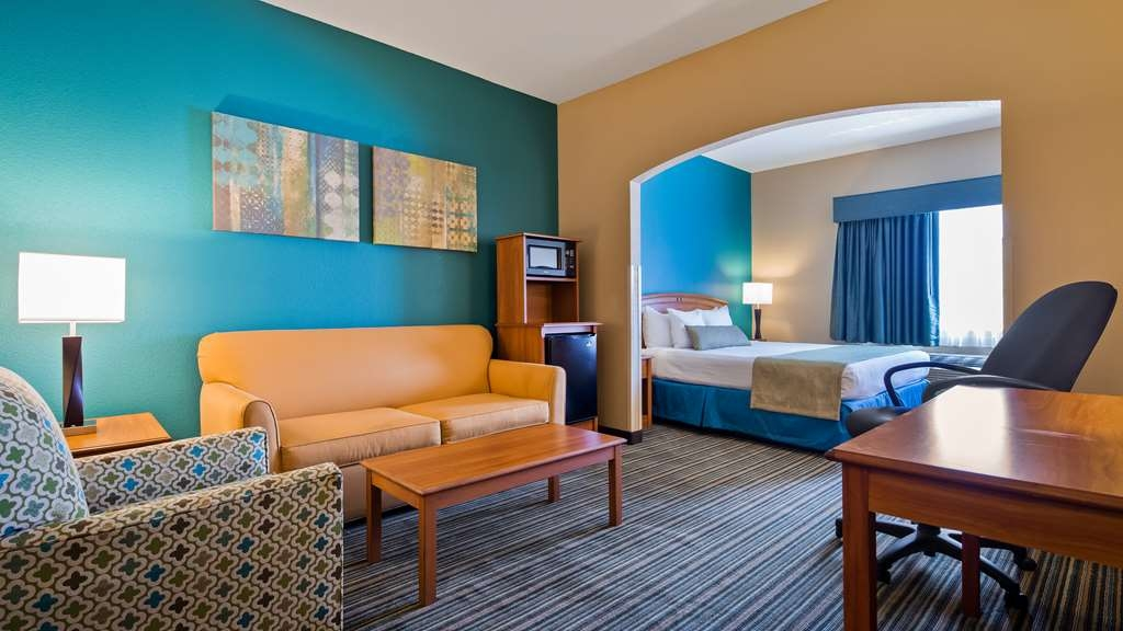 Best Western Governors Inn & Suites - Suite