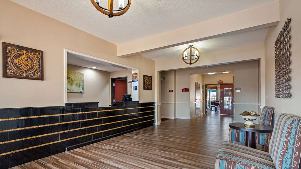 Best Western Governors Inn & Suites - Hall