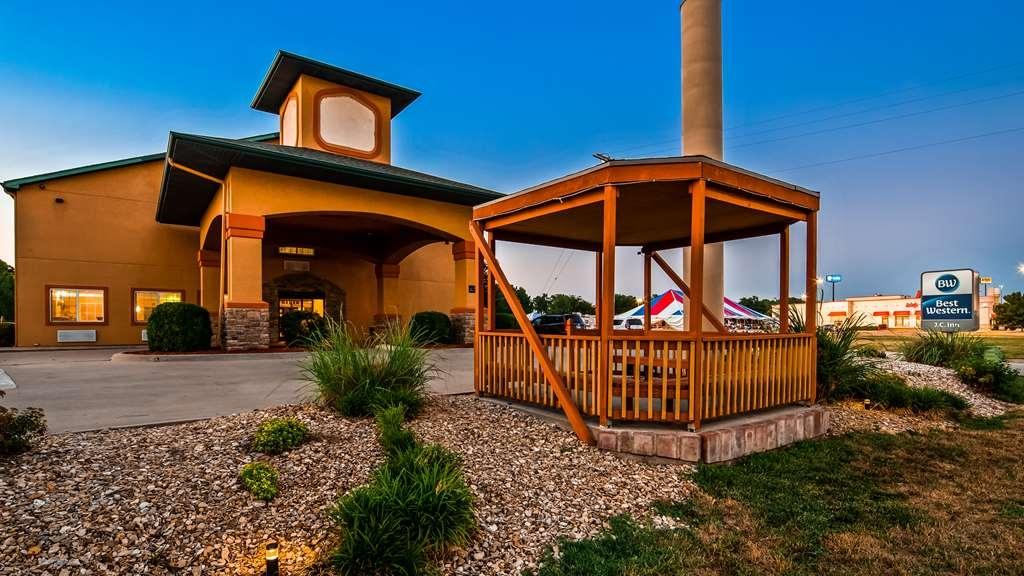 Best Western J. C. Inn - Facciata dell'albergo