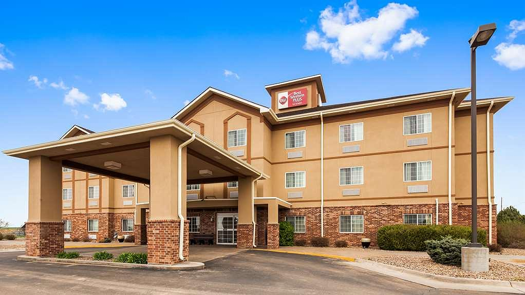 Best Western Plus Wakeeney Inn & Suites - Vista exterior