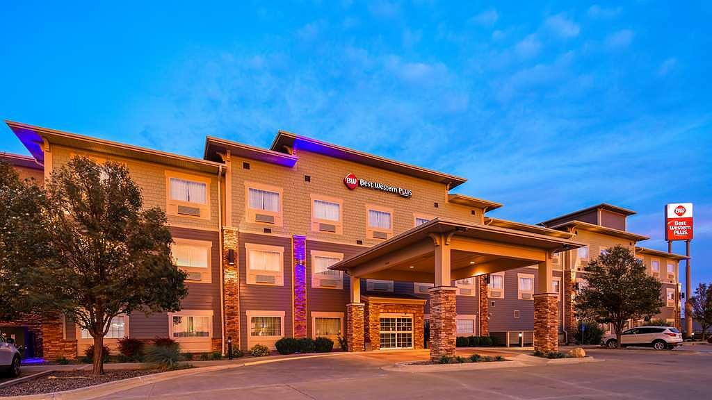 Best Western Plus Butterfield Inn - Vista exterior