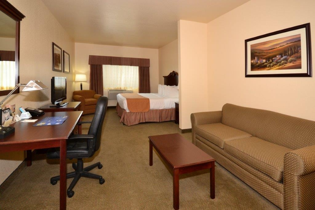Best Western El-Quartelejo Inn & Suites - Suite