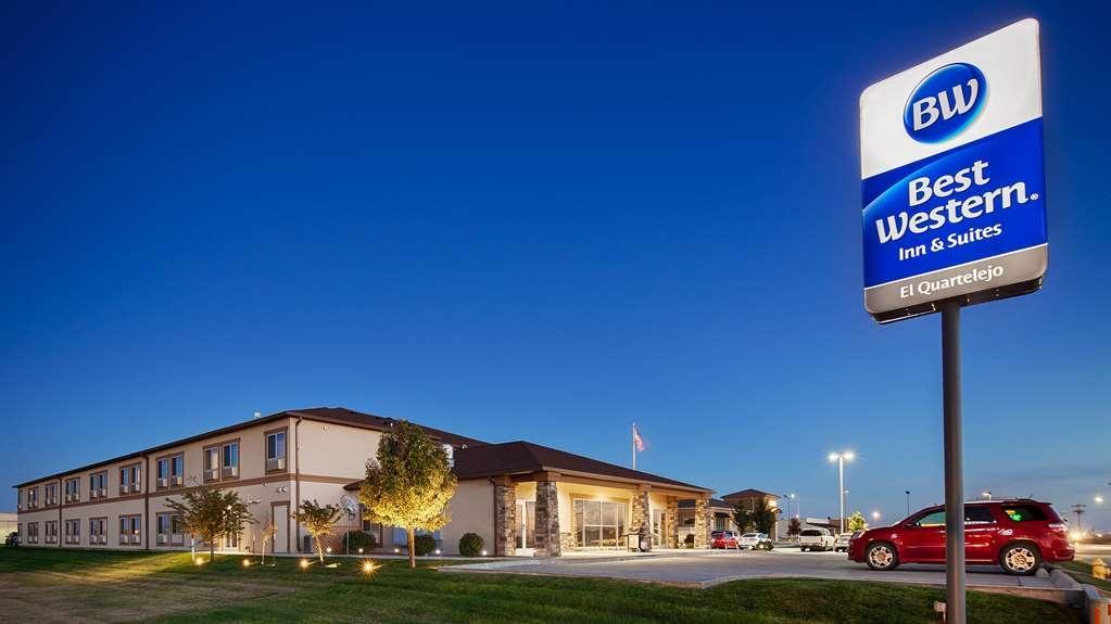 Best Western El-Quartelejo Inn & Suites - Außenansicht