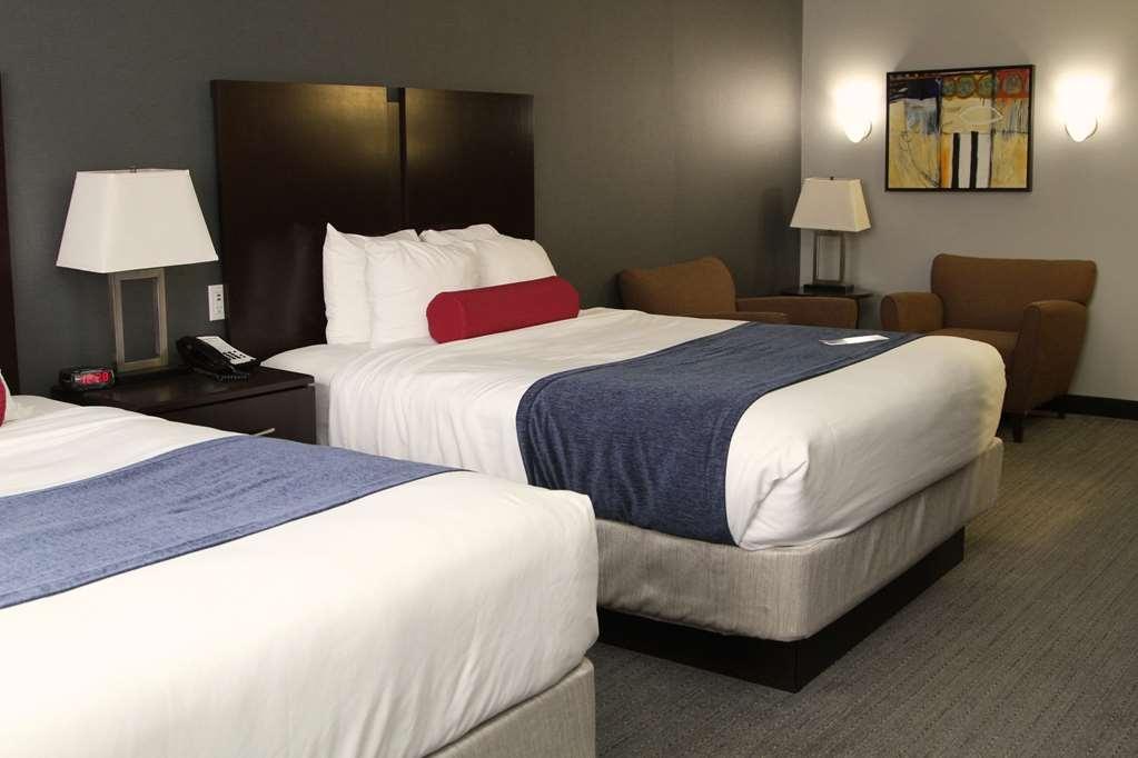 Best Western Plus Olathe Hotel - Gästezimmer/ Unterkünfte