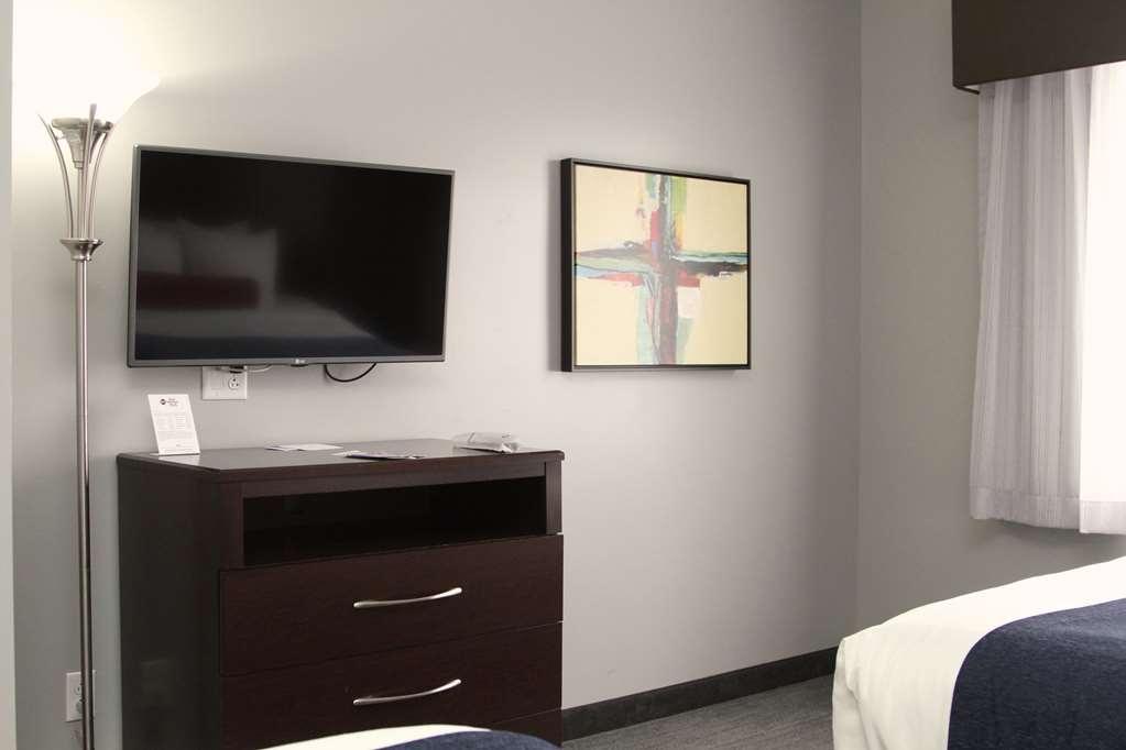 Best Western Plus Olathe Hotel - habitación de huéspedes-amenidad
