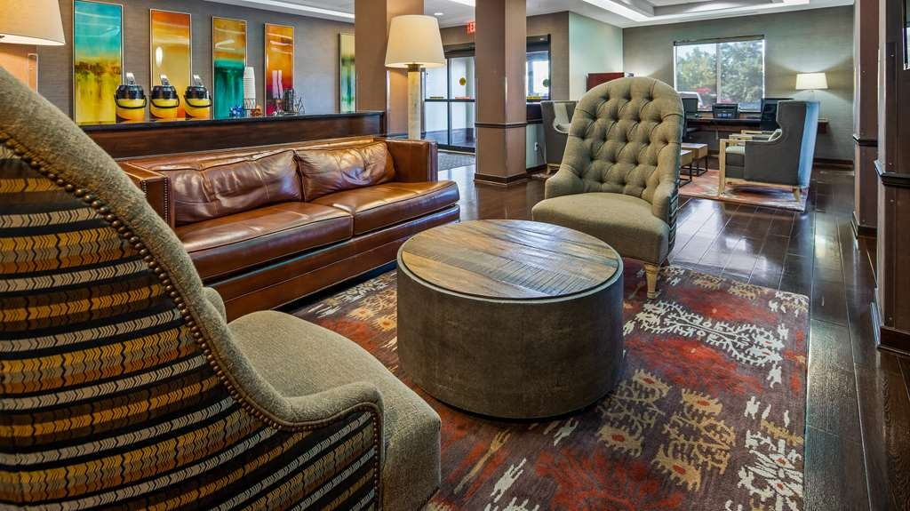 Best Western Plus Olathe Hotel - Hall
