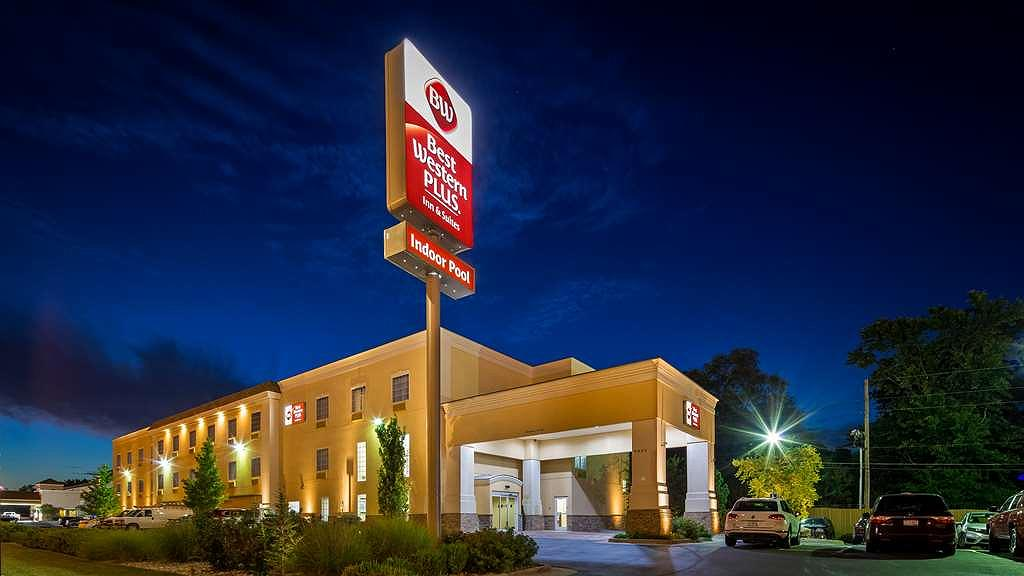 Best Western Plus Eastgate Inn & Suites - Vista exterior