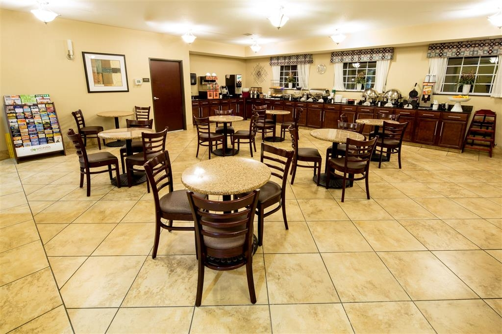 Best Western Plus Eastgate Inn & Suites - Free Hot Breakfast - Served Daily 6 - 9AM