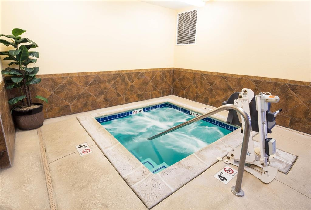 Best Western Plus Eastgate Inn & Suites - Relax in our heated spa!