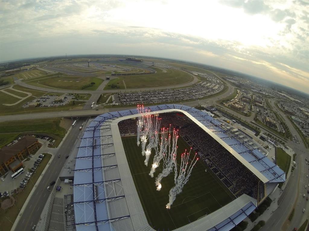 Best Western Premier KC Speedway Inn & Suites - atracción local