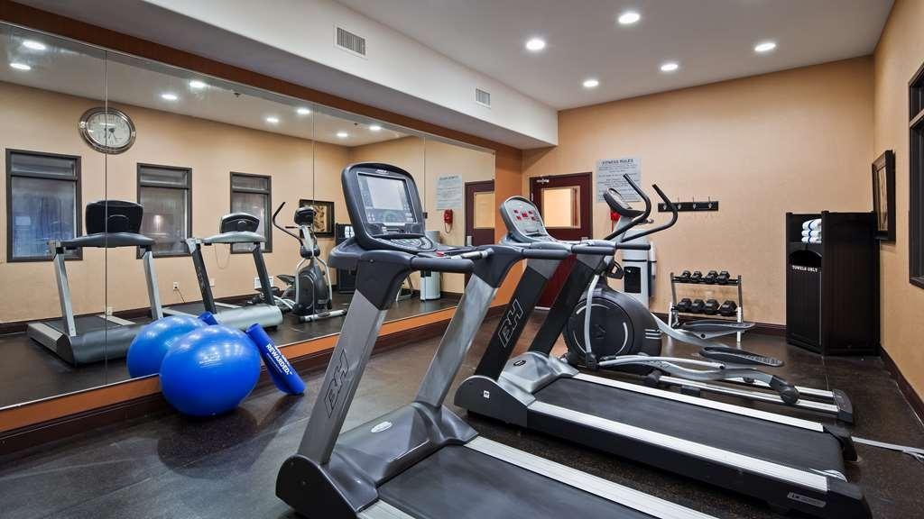 Best Western Premier KC Speedway Inn & Suites - Club de salud