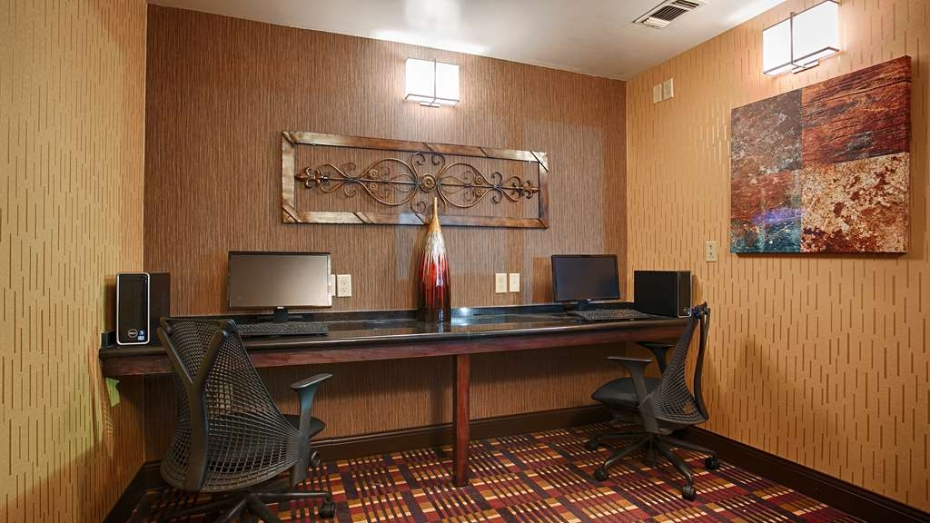 Best Western Plus Midwest Inn & Suites - centre des affaires