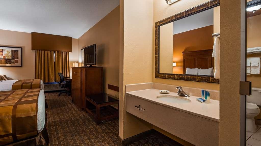 Best Western Plus Midwest Inn & Suites - Welcome to the Best Western Plus Midwest Inn & Suites
