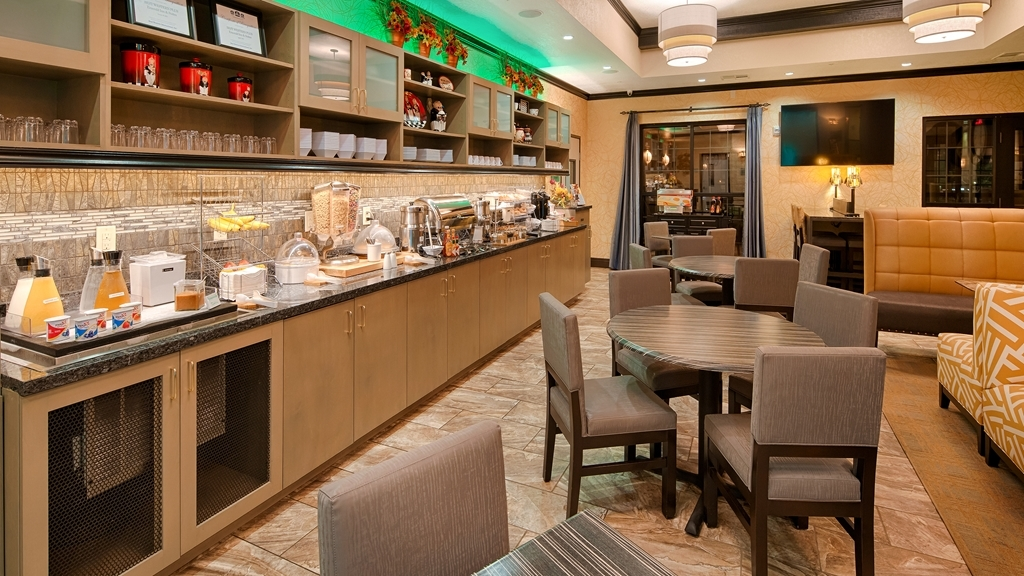 Best Western Plus Emerald Inn & Suites - Restaurante/Comedor