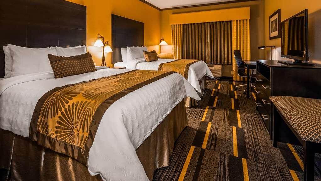 Best Western Plus Emerald Inn & Suites - Chambres / Logements