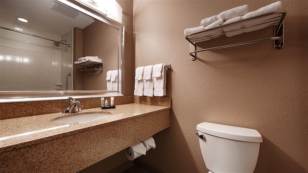 Best Western Plus Hiawatha Hotel - Standard guest Bathroom with hairdryer
