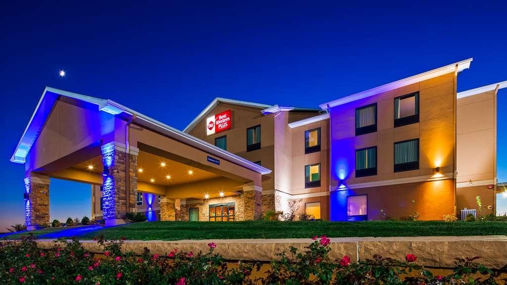 Best Western Plus Hiawatha Hotel - Welcome to the Best Western Plus Hiawatha Hotel