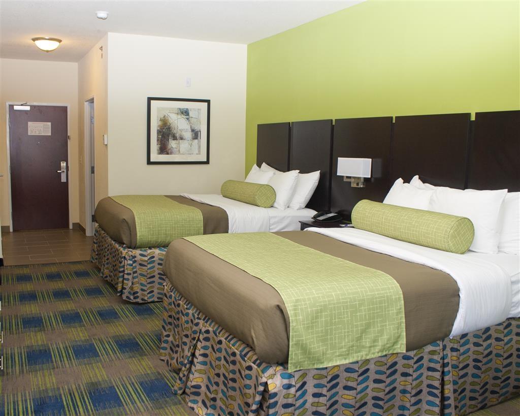 Best Western Plus Pratt - Guest room