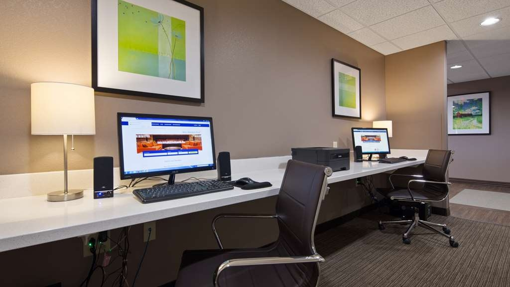 Best Western Plus Patterson Park Inn - Never miss a beat while on the road with complimentary free high-speed Internet in our business center.