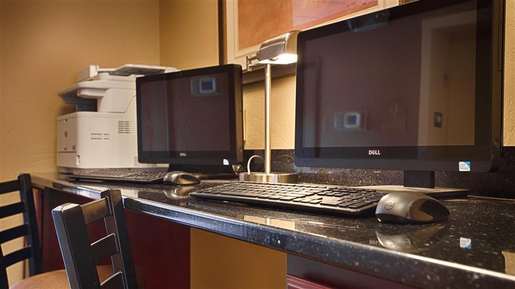 Best Western North Edge Inn - In unserem Business Center können Sie Ihre Reise planen, E-Mails senden oder im Internet surfen.