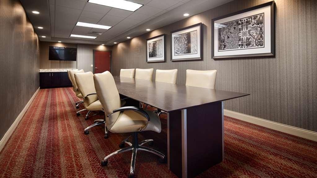 Best Western Plus Stevens County Inn - Meeting Space
