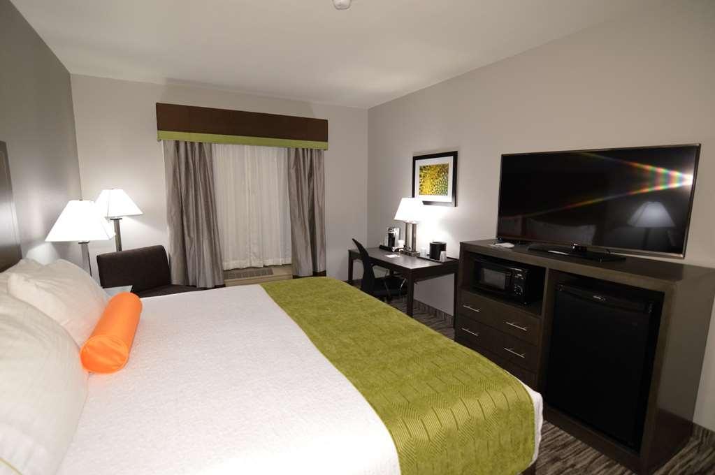Best Western Plus Liberal Hotel & Suites - Gästezimmer/ Unterkünfte