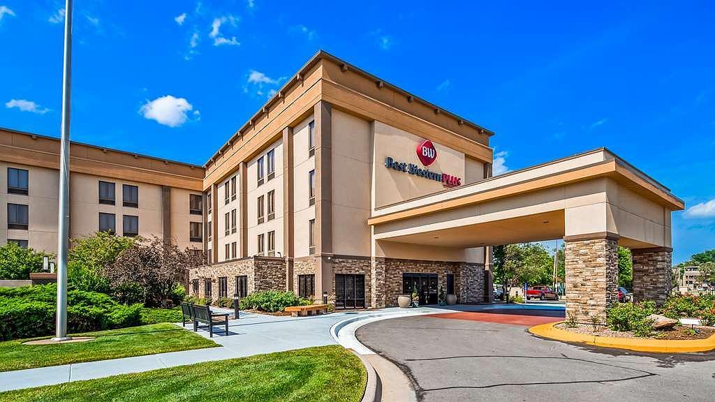 Best Western Plus Wichita West Airport Inn - Area esterna