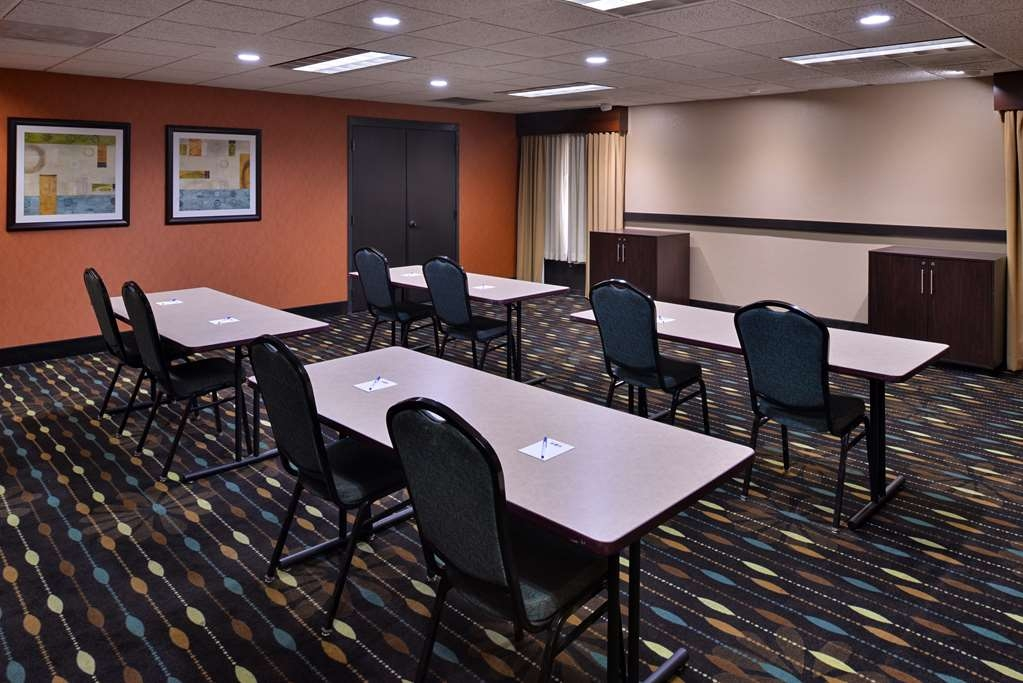 Best Western Plus Wichita West Airport Inn - Salle de réunion