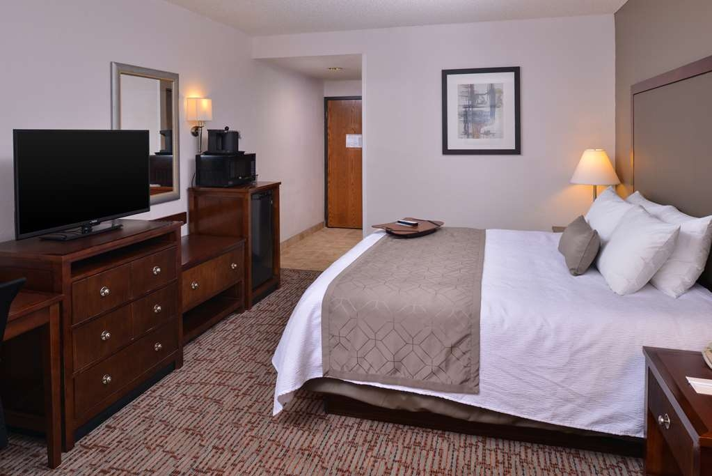 Best Western Plus Wichita West Airport Inn - Chambre d'Hôtes