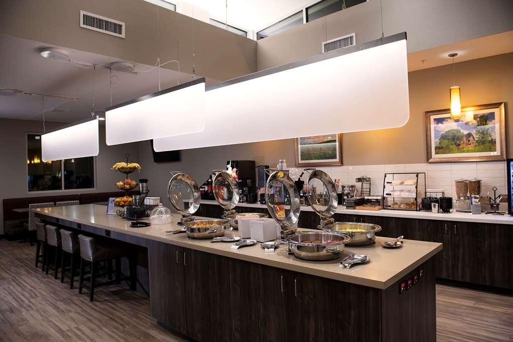Best Western Plus West Lawrence - Restaurant / Etablissement gastronomique