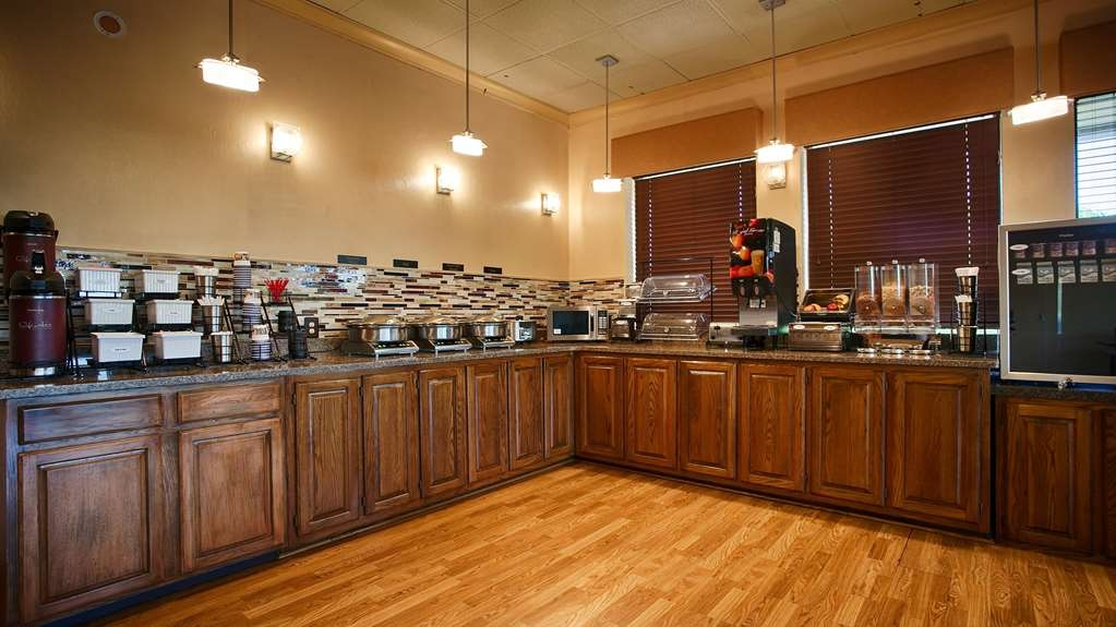 Best Western Shepherdsville - Le petit déjeuner buffet