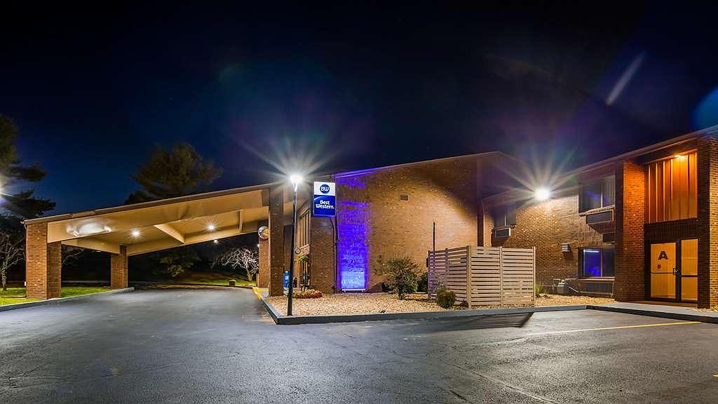 Best Western Shelbyville Lodge - Aussenansicht