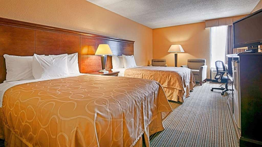 Best Western Hopkinsville - Room with 2 double beds includes a 40-inch LED TV with 70 channels plus HBO, micro/fridge and wireless internet