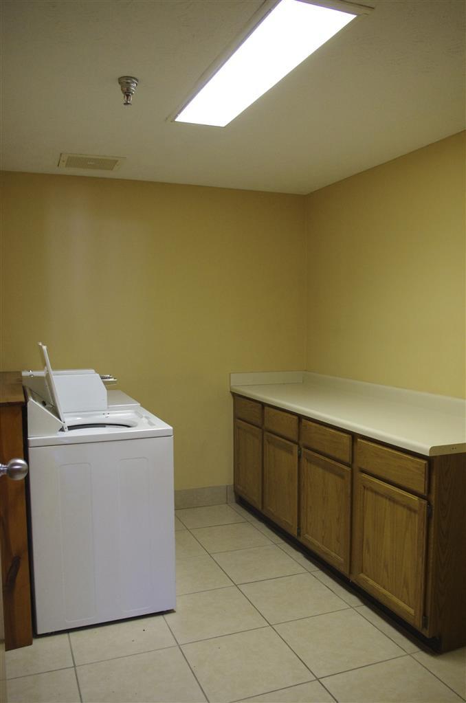Best Western Campbellsville Inn - Servicio de lavandería