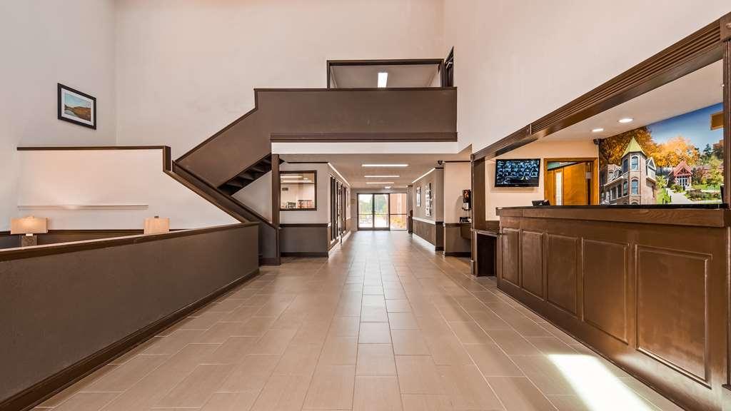 Best Western Campbellsville Inn - Lobby