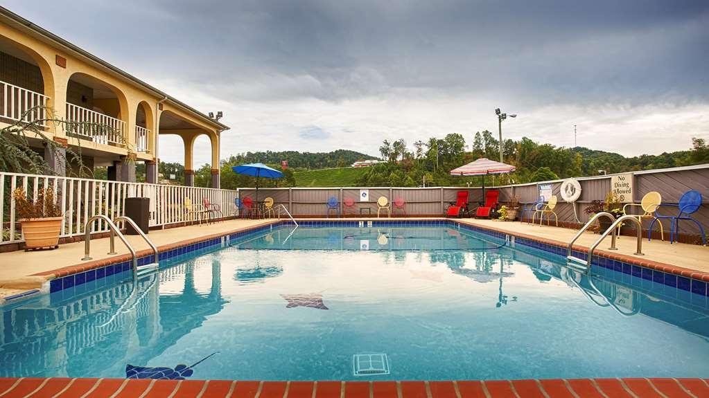 Best Western Corbin Inn - Vista de la piscina
