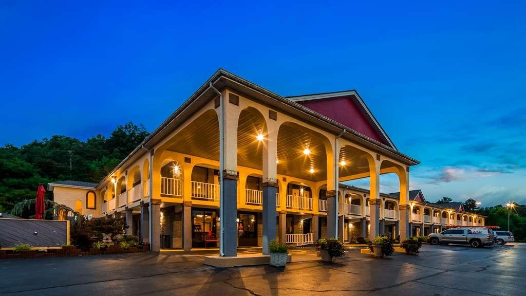 Best Western Corbin Inn - Vista Exterior