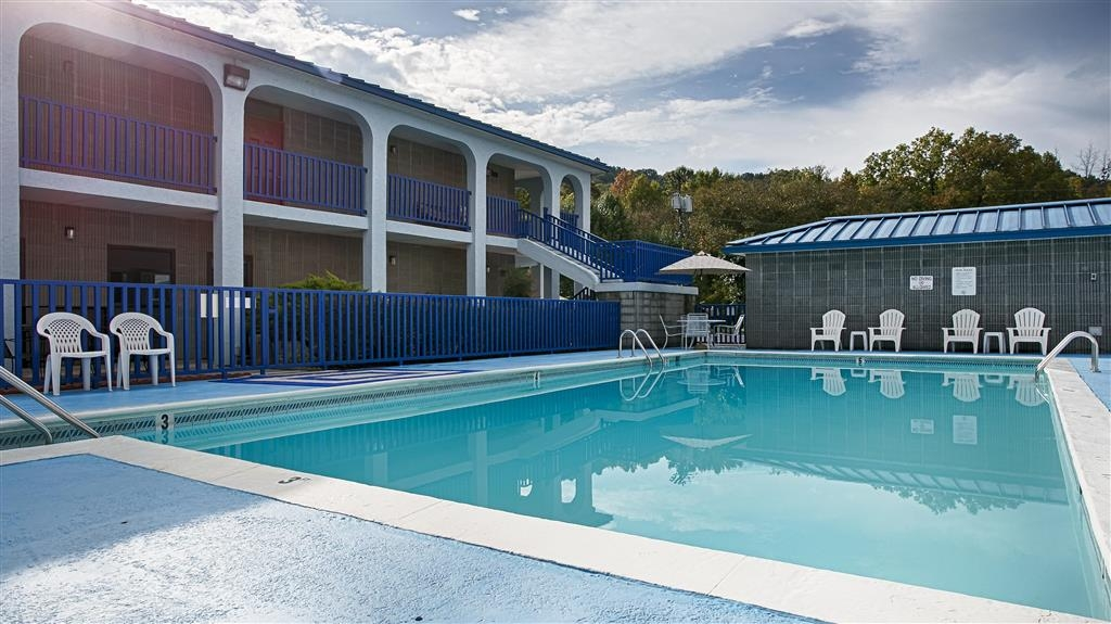 Best Western Wilderness Trail Inn - Piscina