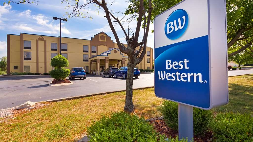 Best Western Inn Florence - Minutes from Downtown Cincinnati, this award-winning hotel is perfect for both business and leisure travelers.