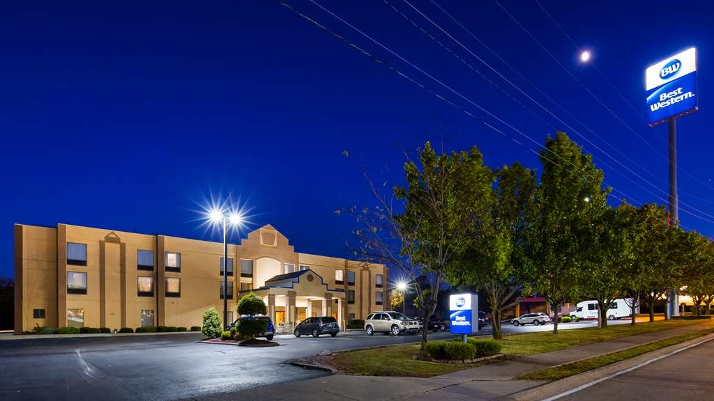 Best Western Inn Florence - We are only minutes from major businesses, regional attractions and popular sports venues.