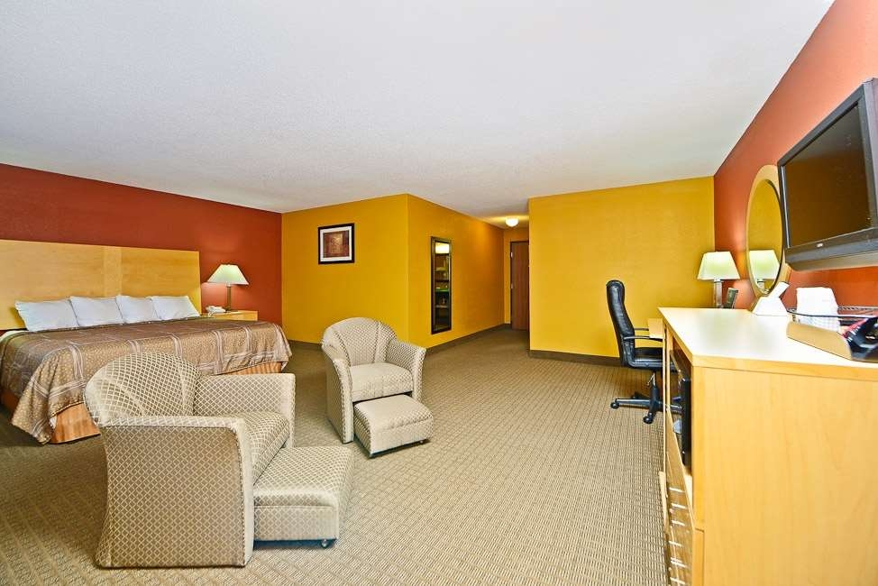 Best Western Paducah Inn - Newly remodeled and very spacious for guests that need plenty of room.