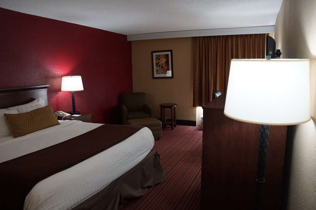 Best Western Richmond Hotel - Sink into our comfortable beds each night and wake up feeling completely refreshed.